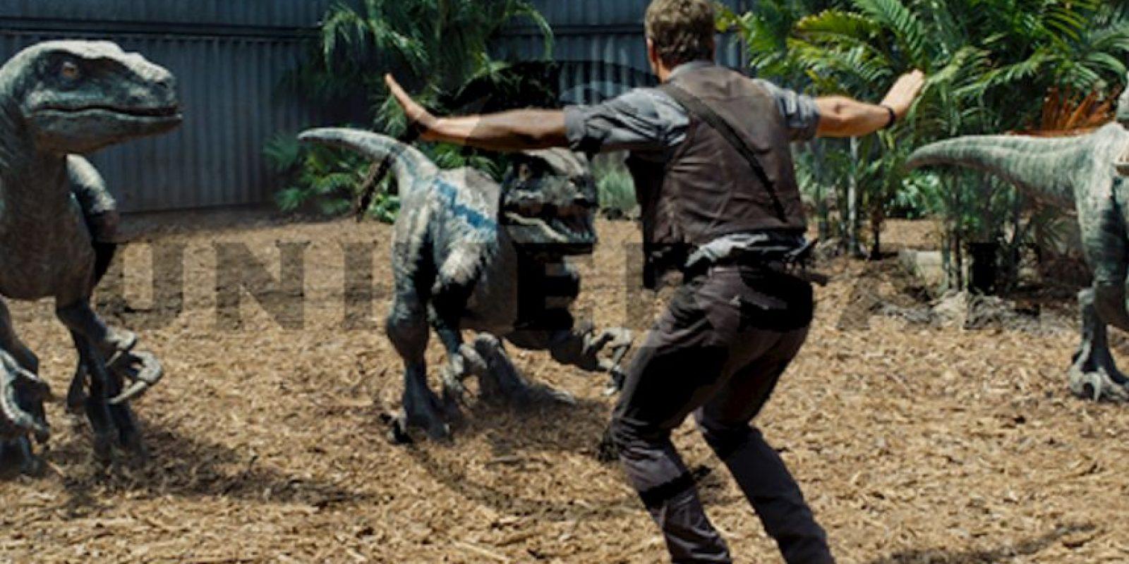 El Indominus Rex escapará del recinto y pondrá en peligro a los habitantes del parque. Foto:Universal