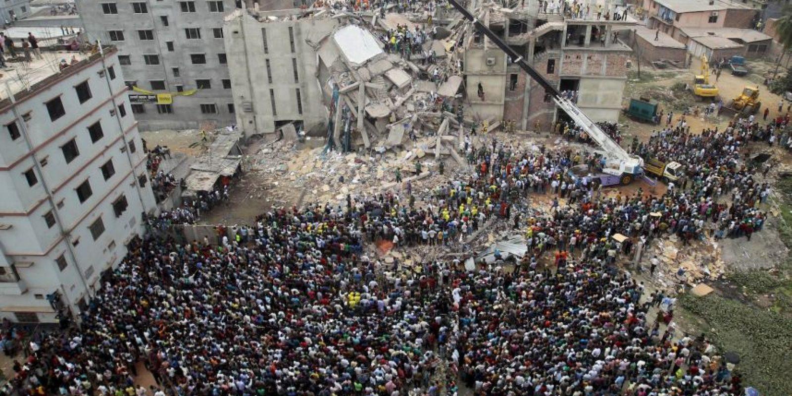 Culpan a 41 personas por el derrumbe de un edificio en Bangladesh. Foto:AP