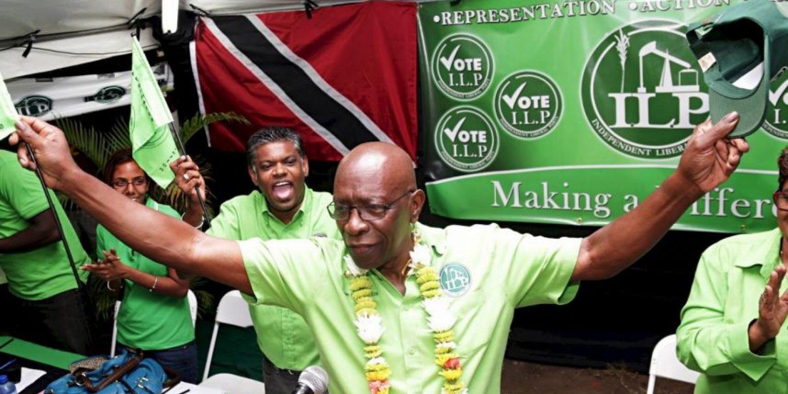 Ahora es político en Trinidad y Tobago, su país de origen Foto:Facebook: Jack Warner (Official Page)