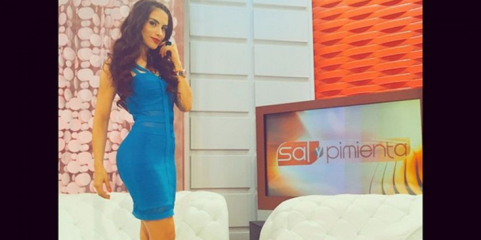 Cediel ahora luce más sensual y para su programa usa vestidos ceñidos al cuerpo. Foto:Instagram Jessica Cediel