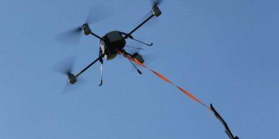 4) En mayo pasado, un drone sobrevolaba el desfile del Memorial Day en Bostón cuando se estrelló contra un edificio. Foto:Getty Images
