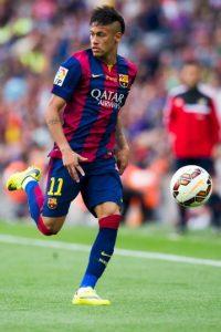 Y cuatro del Barcelona: Neymar, Dani Alves, Rafa Alcántara y Adriano Correia. Foto:Getty Images