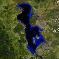 Así lucía el lago en 2013. Foto:Vía climate.nasa.gov