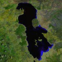 El Lago Urmia en Irán se reduce cada vez más. La foto es de 2000. Foto:Vía climate.nasa.gov