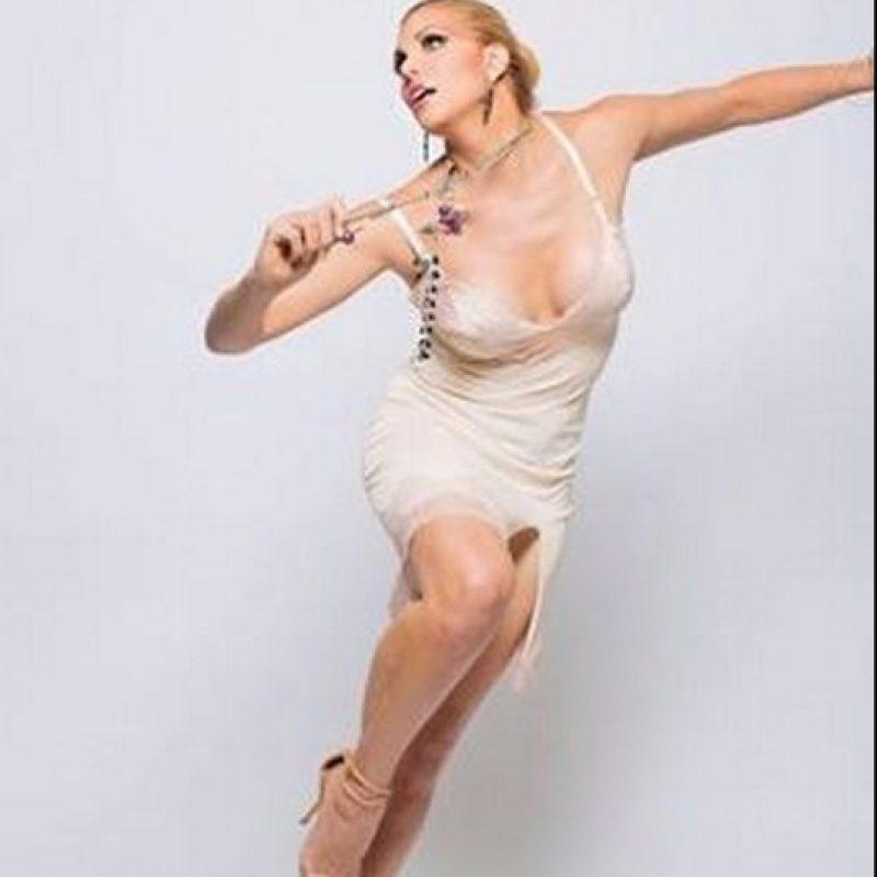 Ahora conocida como Candis Cayne Foto:Vía facebook.com/candiscayne