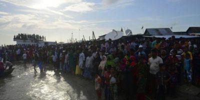 Aproximadamente 127 personas fallecieron en las costas de Bangladesh Foto:AFP