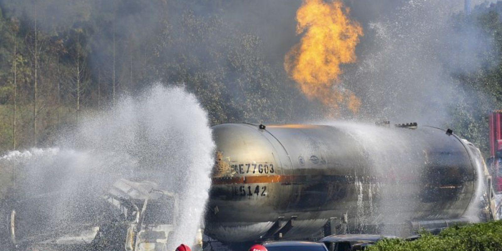 El accidente se presenta justo cuando Nigeria lucha con una escasez de combustible en todo el país. Foto:Getty Images