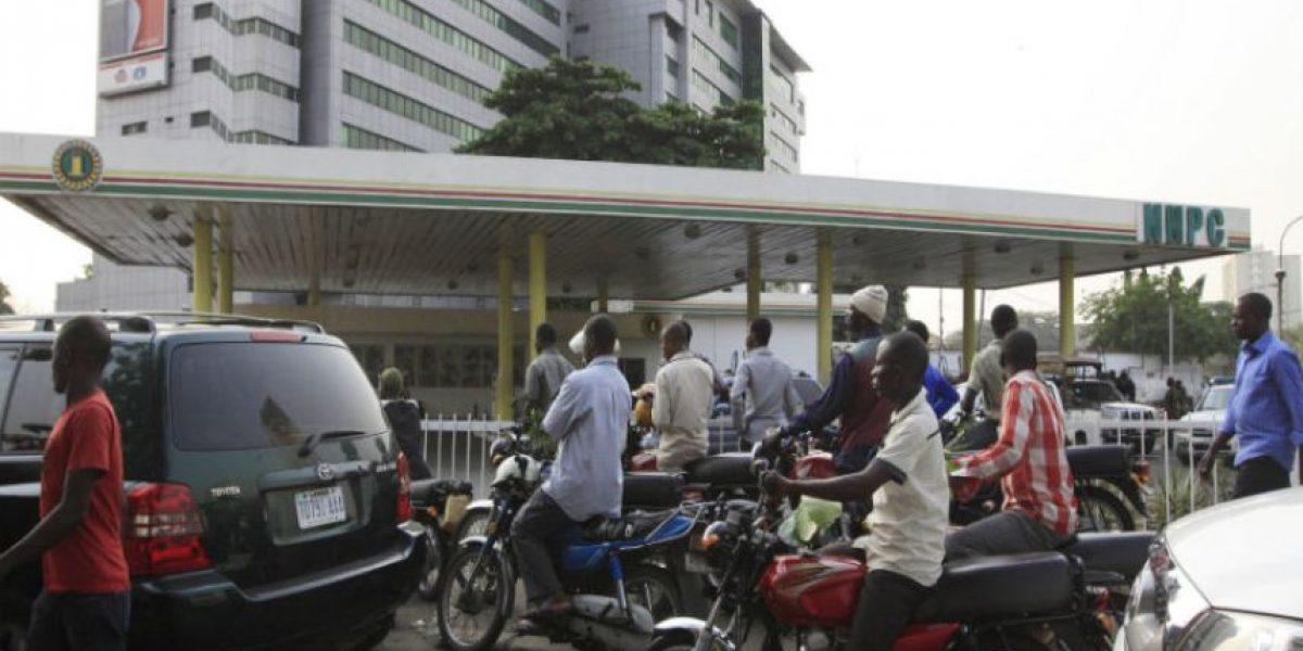 Incendio de un camión cisterna deja un saldo de 69 muertos en Nigeria