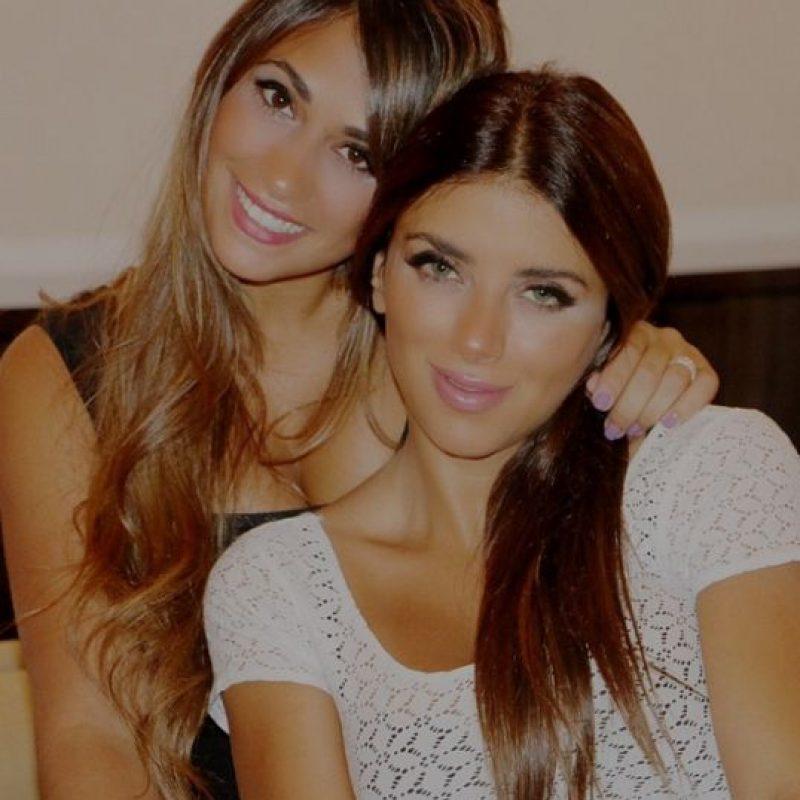 6. Son amigas entre ellas / Antonella Rocuzzo y Daniella Seeman, parejas de Lionel Messi y Cesc Fábregas. Foto:Vía instagram.com/antorocuzzo88