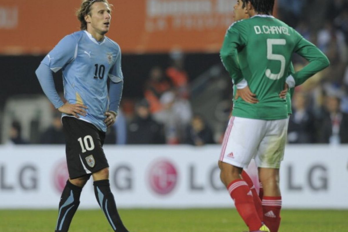 Fue la peor participación de México en la historia de la Copa. En la fase de grupos se topó con Uruguay, Chile y Perú y perdió los tres partidos para ser eliminado en primera fase con cero puntos. Foto:Getty Images