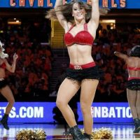Ahora, estas chicas tendrán la misión de alentar a LeBron y compañía a buscar el título de la NBA ante los Golden State Warriors. Foto:Getty Images