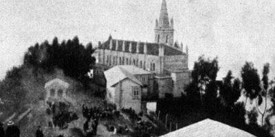 Así se veía la iglesia de Monserrate en los años 20. Foto:Fabeook / Fotos Antiguas Bogotá