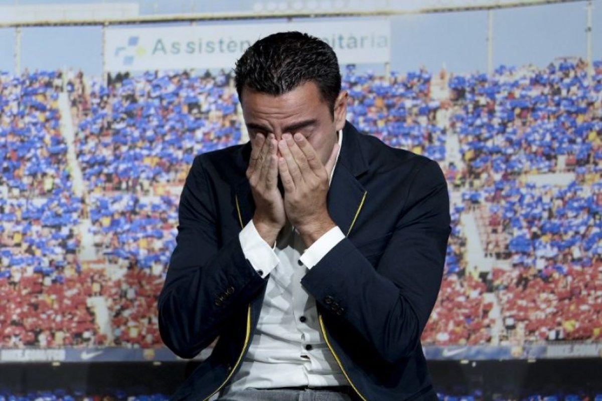 Se despide Xavi Hernández del Barcelona. Tras 17 temporadas con el Barcelona, Xavi vestirá la playera de Al Assad, en Qatar. Foto:AFP