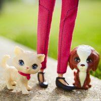 """Ahora, """"Barbie"""" podrá usar tacones y zapatos bajos, al igual que una mujer común Foto:vía instagram.com/barbie"""