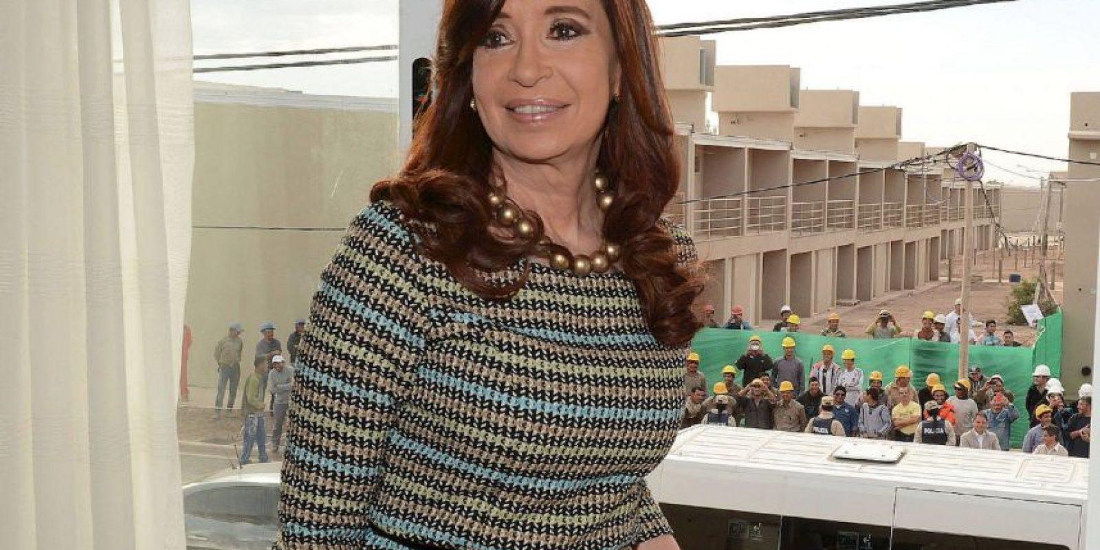 En Argentina, la mandataria Cristina Fernández de Kirchner, puede o no dejar su cargo para ser reelegida. Foto:Vía facebook.com/CFKArgentina