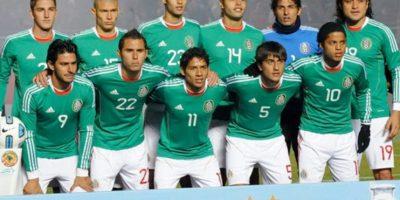 """La Selección Mexicana es el único invitado de Conmebol que ha participado en todos los torneos desde 1993, y lo seguirá haciendo de manera indefinida, pues luego de una reunión entre directivos de Conmebol y Femexfut en 2011, se decretó que el equipo """"azteca"""" sería un """"invitado permanente"""" del torneo. Foto:AFP"""