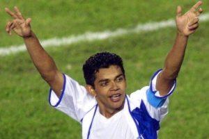 En esta fase fueron eliminados por el local Colombia por marcador 2-0. Al final, su capitán, Amado Guevara, fue nombrado el jugador más valioso del torneo, la primera vez que un futbolista no sudamericano recibe esta distinción. Foto:AFP
