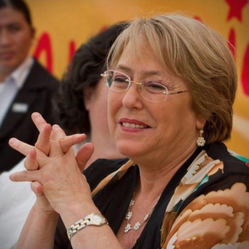 Michelle Bachelet Jeria, presidenta de Chile, puede reelegirse, pero debe hacer una pausa después de su mandato. Foto:Vía facebook.com/MichelleBacheletPresidenta