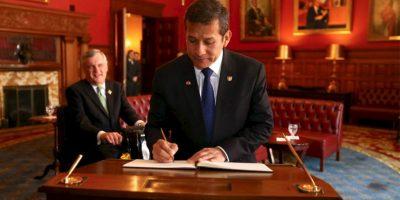 A pesar de los escándalos de su mandato, el peruano Ollanta Humala tiene la oportunidad de reelegirse. Foto:Vía facebook.com/presidenciaperu