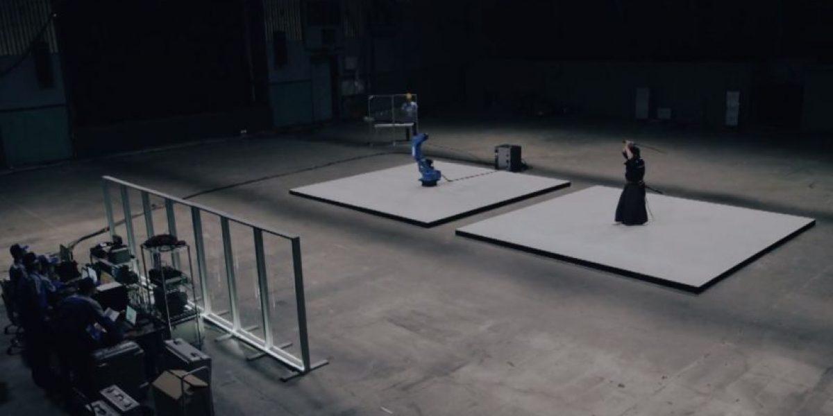 VIDEO: Este brazo robótico probó ser mejor que un maestro samurái
