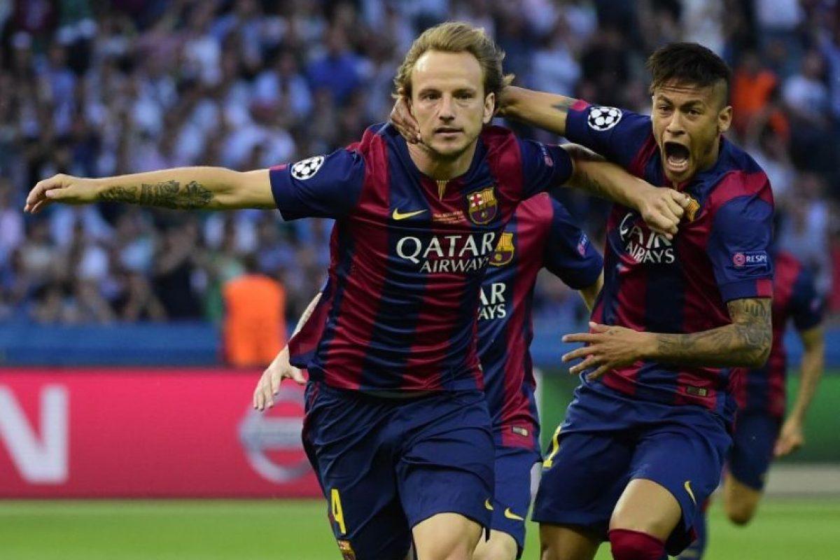 Ivan Rakitic. Marcó el primer gol de los culés Foto:Getty Images