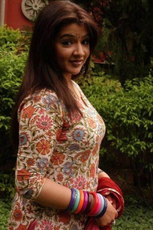 """Saltó a la fama con su participación en la cinta """"Nuvvu Naaku Nachav"""" en 2001 Foto:Vía facebook.com/iamaarthiagarwal/"""