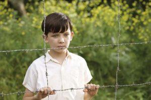 """Él era """"Bruno"""", el hijo de un alto dirigente nazi en """"El niño de la pijama de rayas"""". Foto:vía Miramax"""