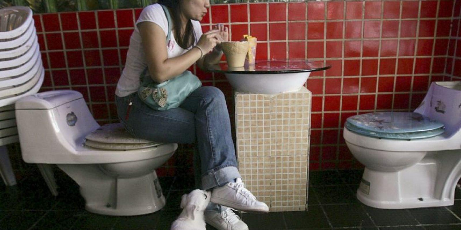 La defecación al aire libre en realidad sigue aumentando entre el segmento más pobre de la población. Foto:Getty Images