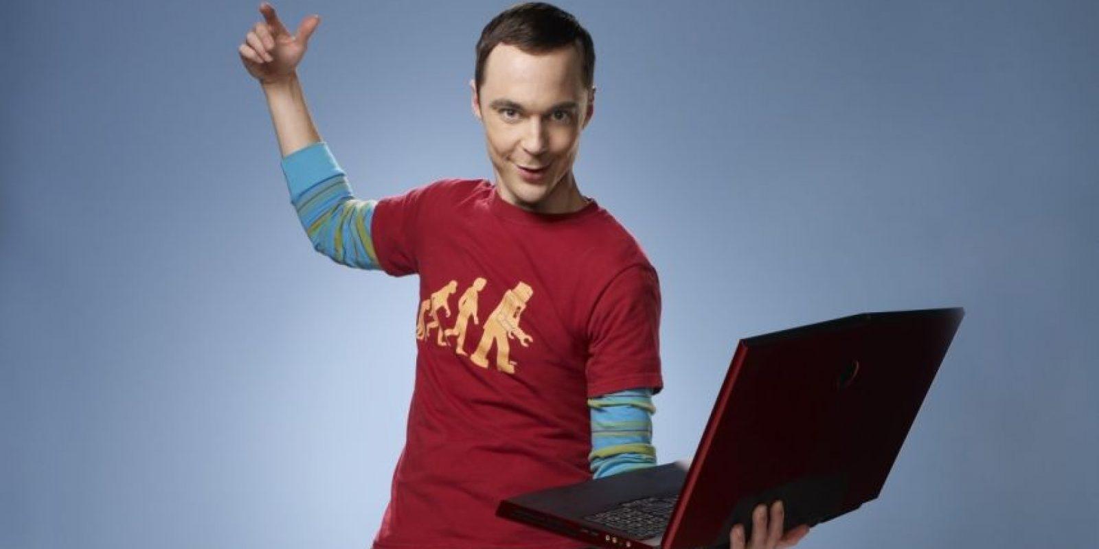 """Jim Parsons es """"Sheldon Cooper"""". Foto:vía Warner"""