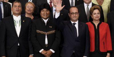 """""""Este es un día histórico para Colombia y Perú"""", comentó el presidente colombiano Juan Manuel Santos, y es que durante esta cumbre se anunció que ambos paises ya no necesitarán visados de turismo para visitar Europa. Foto:AFP"""
