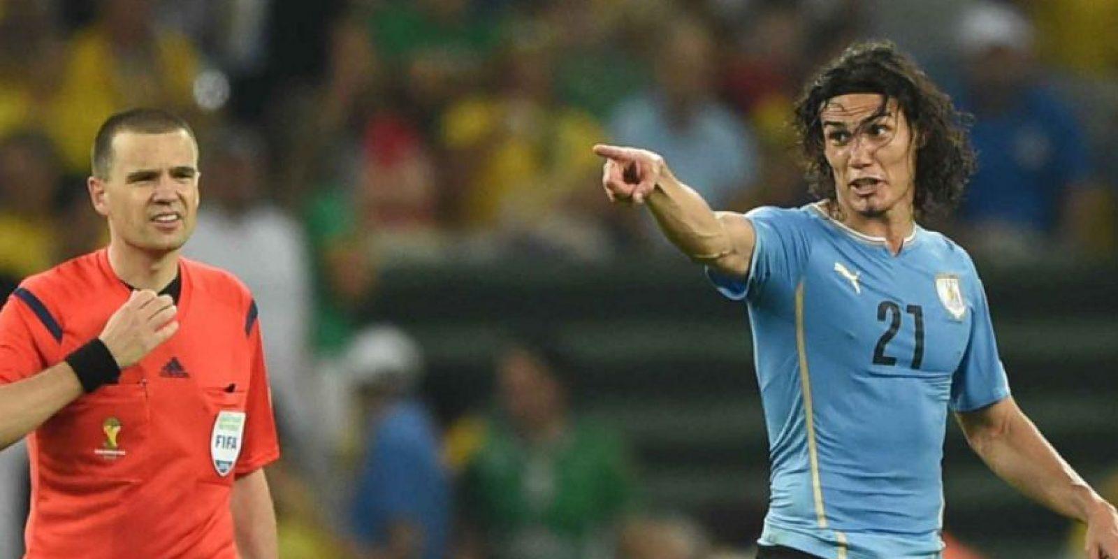 ¿Quién será el mejor jugador el torneo? Por Lionel Messi pagan dos dólares, mientras que por el uruguayo Edinson Cavani, la casa da 17 billetes verdes Foto:Vía ca2015.com