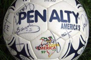 Penalty: Ecuador 1993, Uruguay 1995, Bolivia 1997 y Paraguay 1999. Foto:Penalty