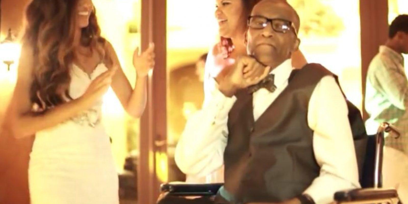 Hasta pudo bailar Foto:Vía Youtube / Mayo Clinic