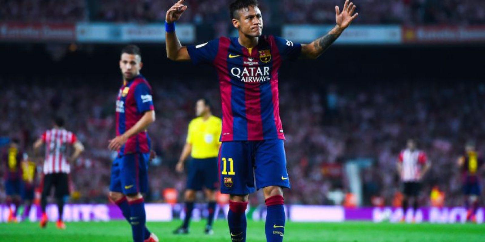 """Por ello, el brasileño fue muy criticado pues consideraron este gesto como una """"falta de respeto"""" al rival. Foto:Getty Images"""
