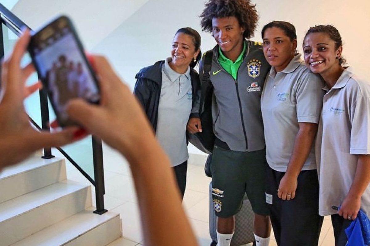 El jugador del Chelsea tiene un estilo parecido a David Luiz. Foto:Vía instagram.com/willianborges88
