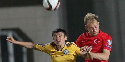 Con gol de Arda Turán, a siete minutos del final, Turquía venció a Kazajstán. Foto:uefa.com