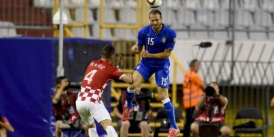"""Croacia se adelantó con gol de Mandzukic pero los """"Azurra"""" empataron al 36′ desde el manchón penal con gol de Candreva. Foto:Getty Images"""