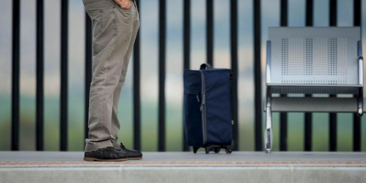 ¿En qué consiste la propuesta de reducir el tamaño del equipaje en aviones?