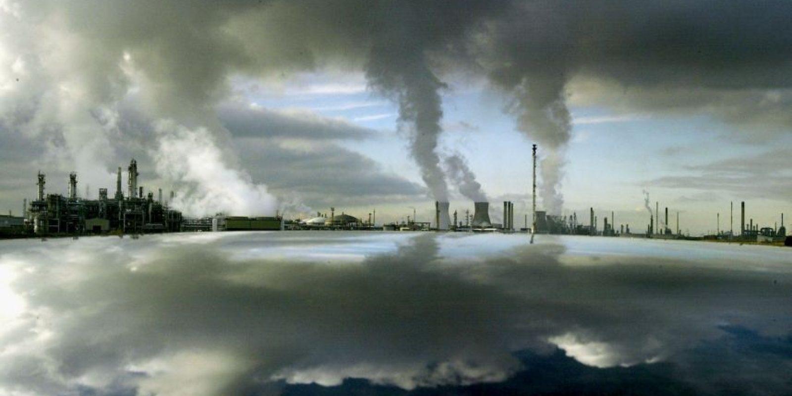 1. Reemplacen los focos por algunos que sean ahorradores de energía Foto:Getty Images