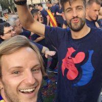 Celebrando con Piqué. Foto:instagram.com/ivanrakitic
