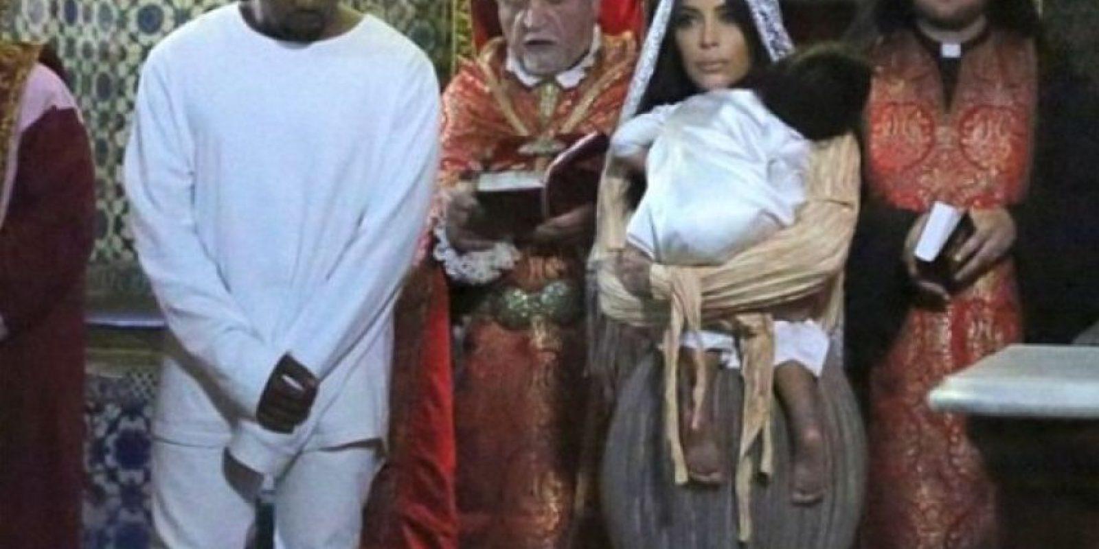 9.- Recientemente fue bautizada en Jersusalén. Foto:vía instagram.com/kimkardashian