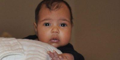 """""""Todos dicen que el nombre de mi hija es raro, como si su nombre tuviera que ser obligatoriamente uno que habías escuchado antes. No me gusta que digan que es raro cuando es innovador y fresco"""", aseguró Kanye West en una entrevista con la emisora """"Hot 97 fm"""". Foto:vía instagram.com/kimkardashian"""