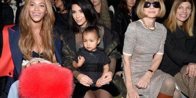 Y a Beyoncé, quien soportó su tremendo berrinche durante un evento de moda. Foto:Getty Images