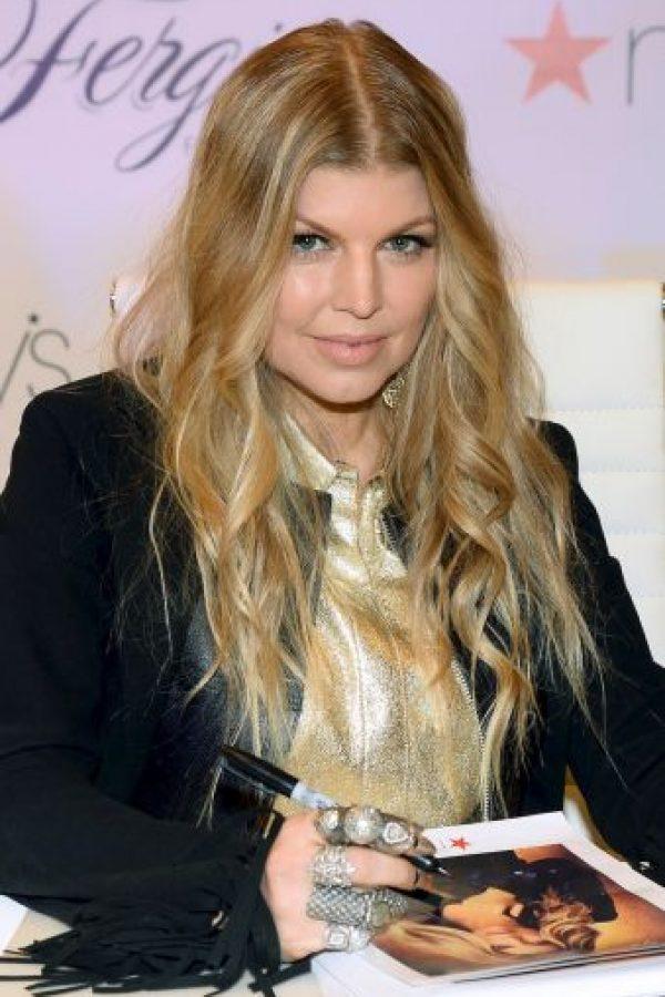 La cantante Fergie reveló que utiliza este método para pemanecer delgada Foto:Getty Images