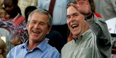 De acuerdo a su biógrafo S.V. Date, a los 35 años ya era millonario. Desde los 25 años de edad, el menor de los Bush ya trabajaba en el Texas Commerce Bank, donde comenzó su fortuna. Foto:Getty Images