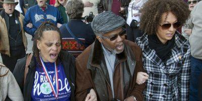 """7. La NAACP la apoyó durante la controversia: """"La identidad racial de una persona no es un criterio estándar calificativo o descalificativo de la directiva de la NAACP"""". Foto:AP"""