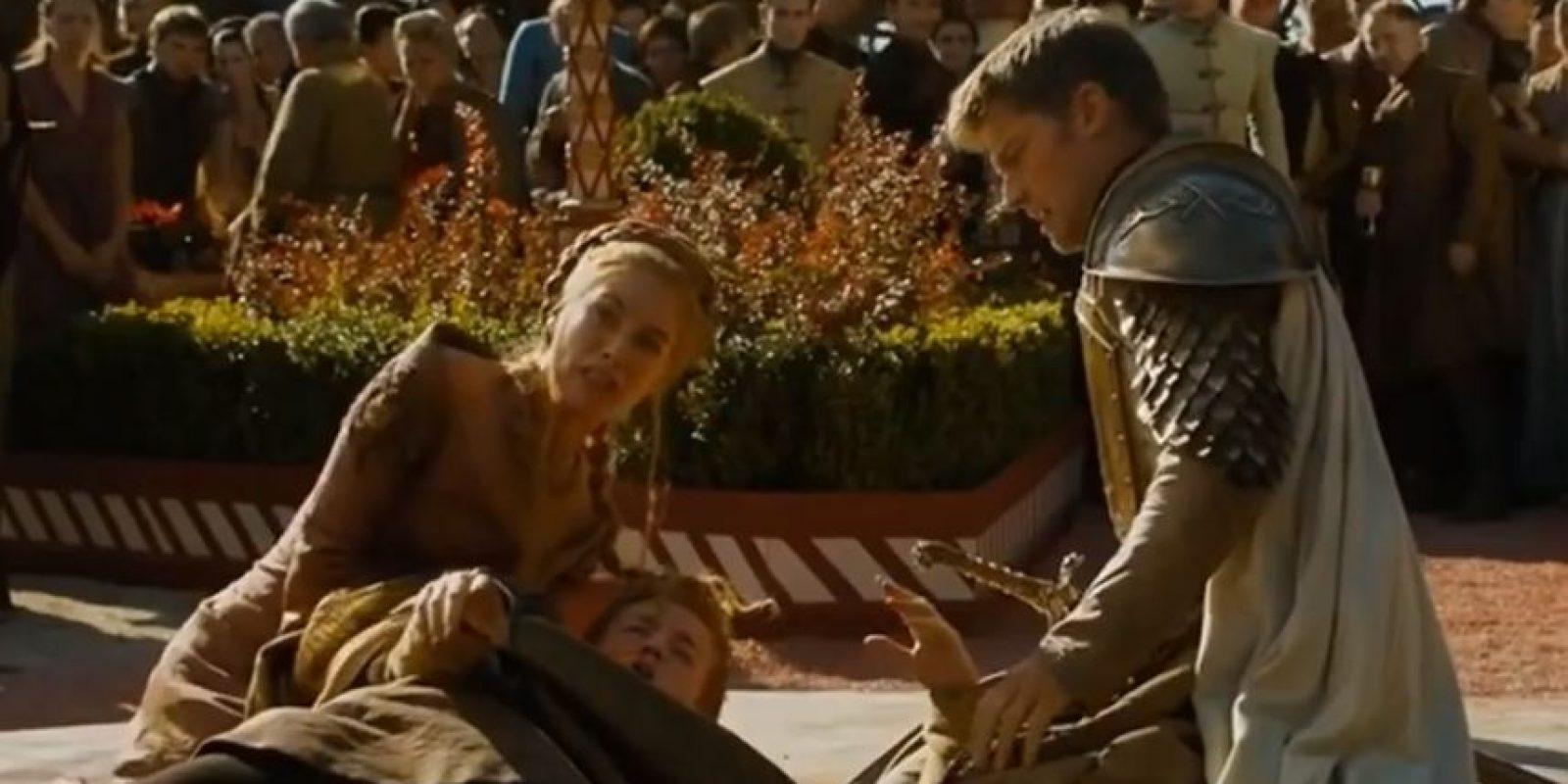 """8. En """"La Boda Púrpura"""", """"Joffrey"""" es envenenado con estrangulador en el día de su boda. Foto:vía HBO"""