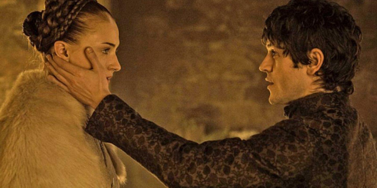 """14. """"Ramsay Bolton"""" se casa con """"Sansa Stark"""" y la viola en la noche de bodas. Foto:vía HBO"""