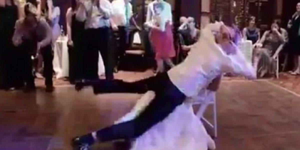VIDEO: Marido borracho hace llorar a su esposa con horrible