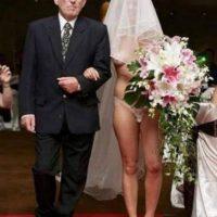 ¿Permitirían que su hija llevara una vestimenta así? Foto:Know Your Meme